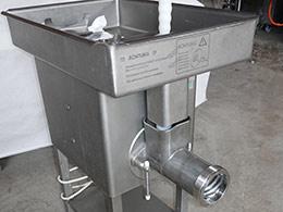 Polovna mašina - Mašina za mlevenje mesa